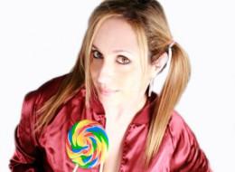 http://www.prettyinpinksucks.com/wp-content/uploads/2012/05/Cool-shoot2-e1343113739342.jpg